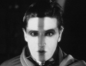 Ivor Novello is The Lodger