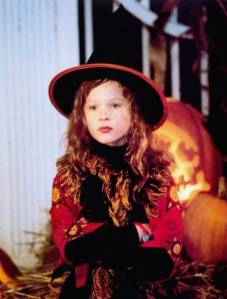 A wee little witchy Thora Birch in Hocus Pocus